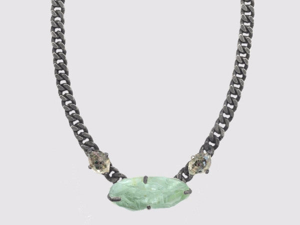 ANTLIAE NECKLACE
