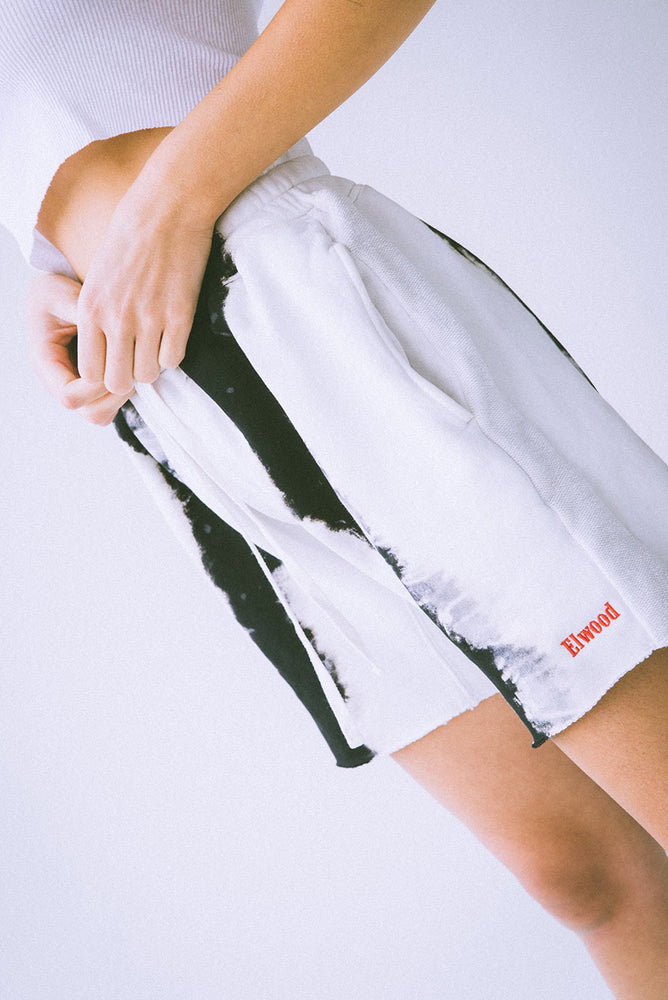 WHITE WIDOW SWEATSHORT