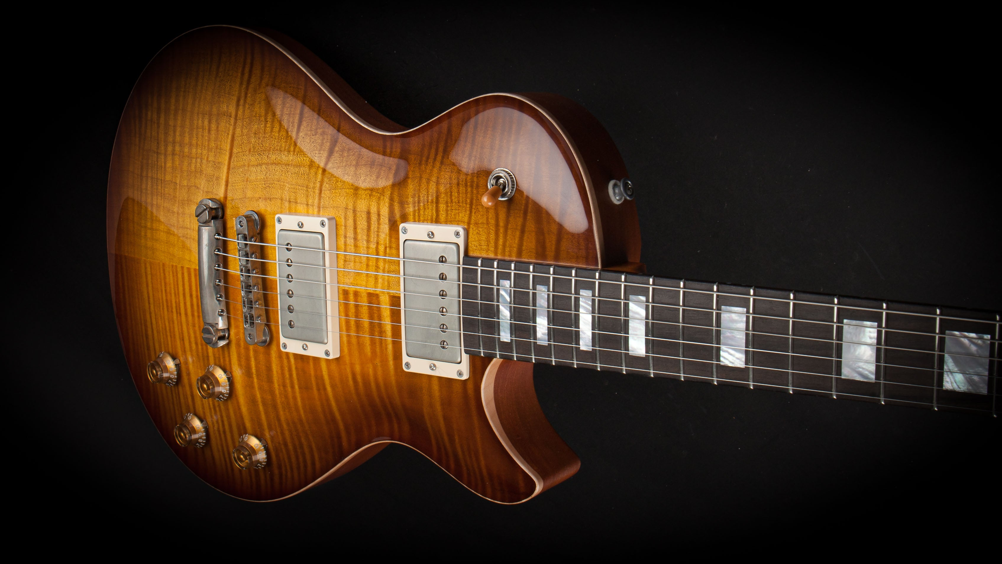 Patrick James Eggle: Macon Singlecut Buck Burst #20279