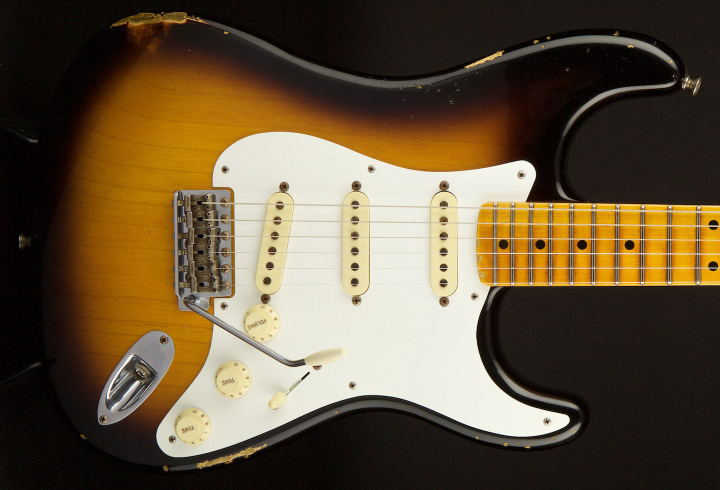 Fender Custom Shop Stratocaster NAMM 2015 Limited Edition 1955 Relic Sunburst #CZ521386