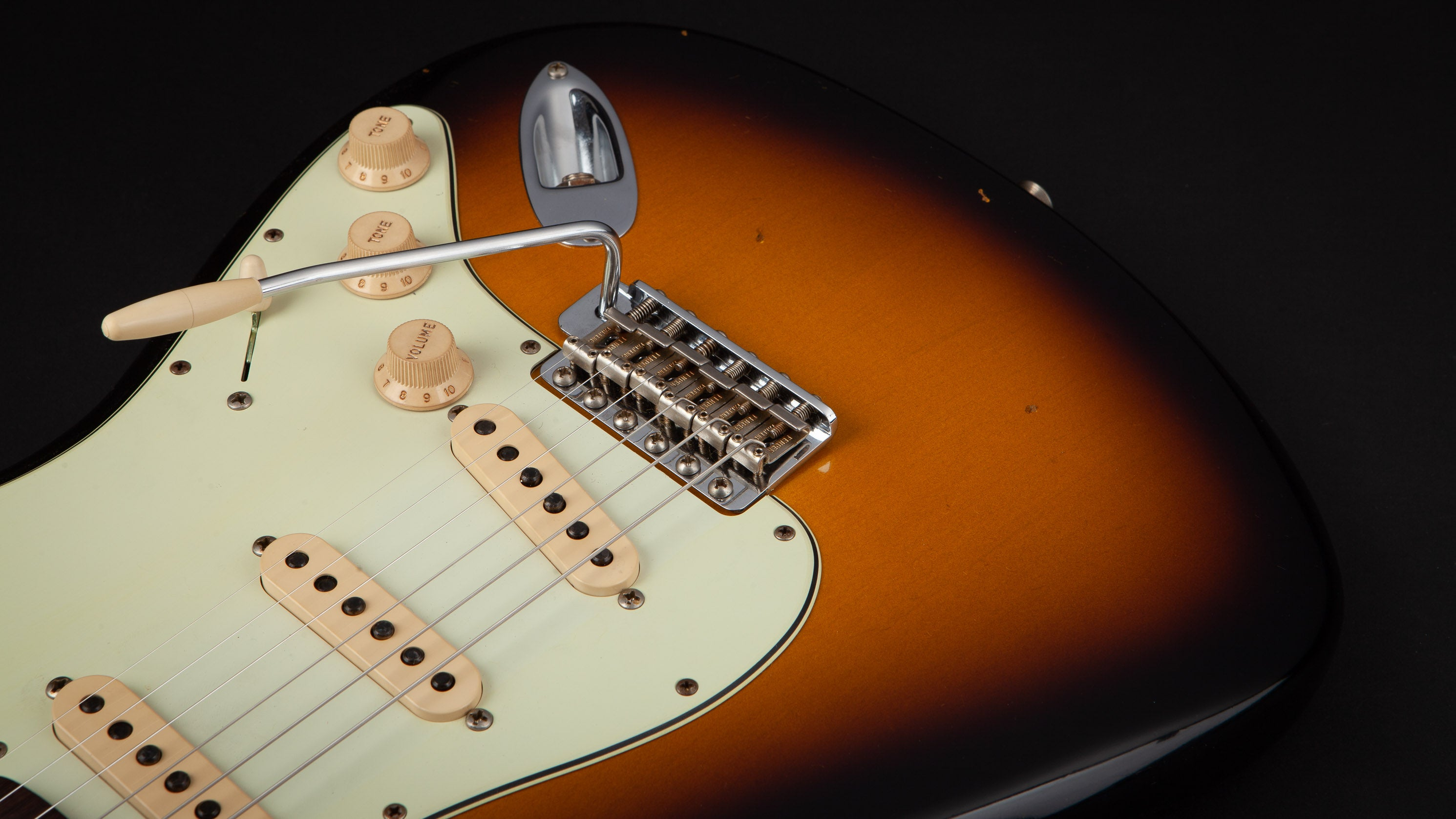Fender Custom Shop: 60 Stratocaster Journeyman Sunburst R101533