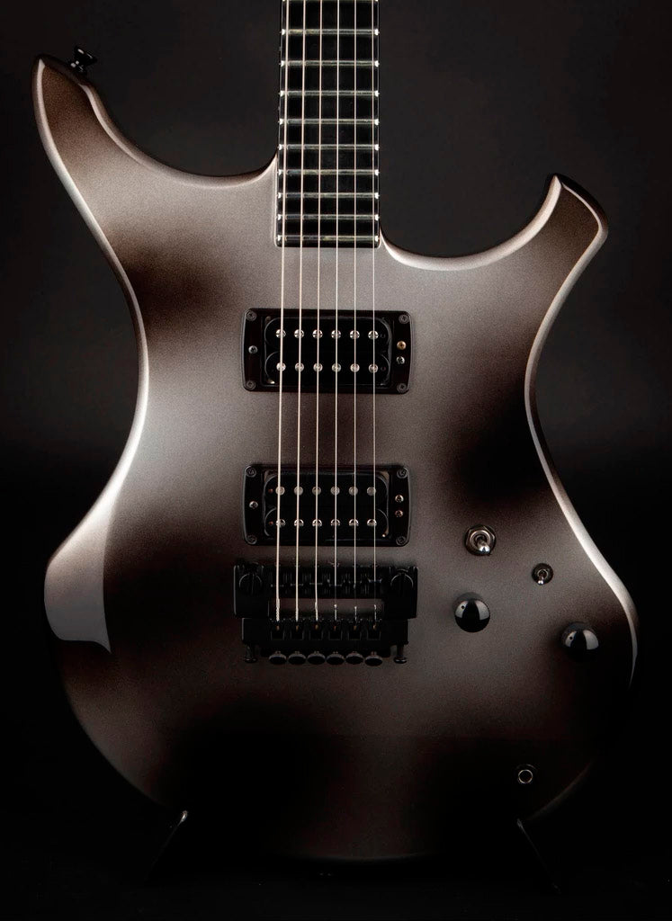 Vigier Guitars: Passion I Urban Metal