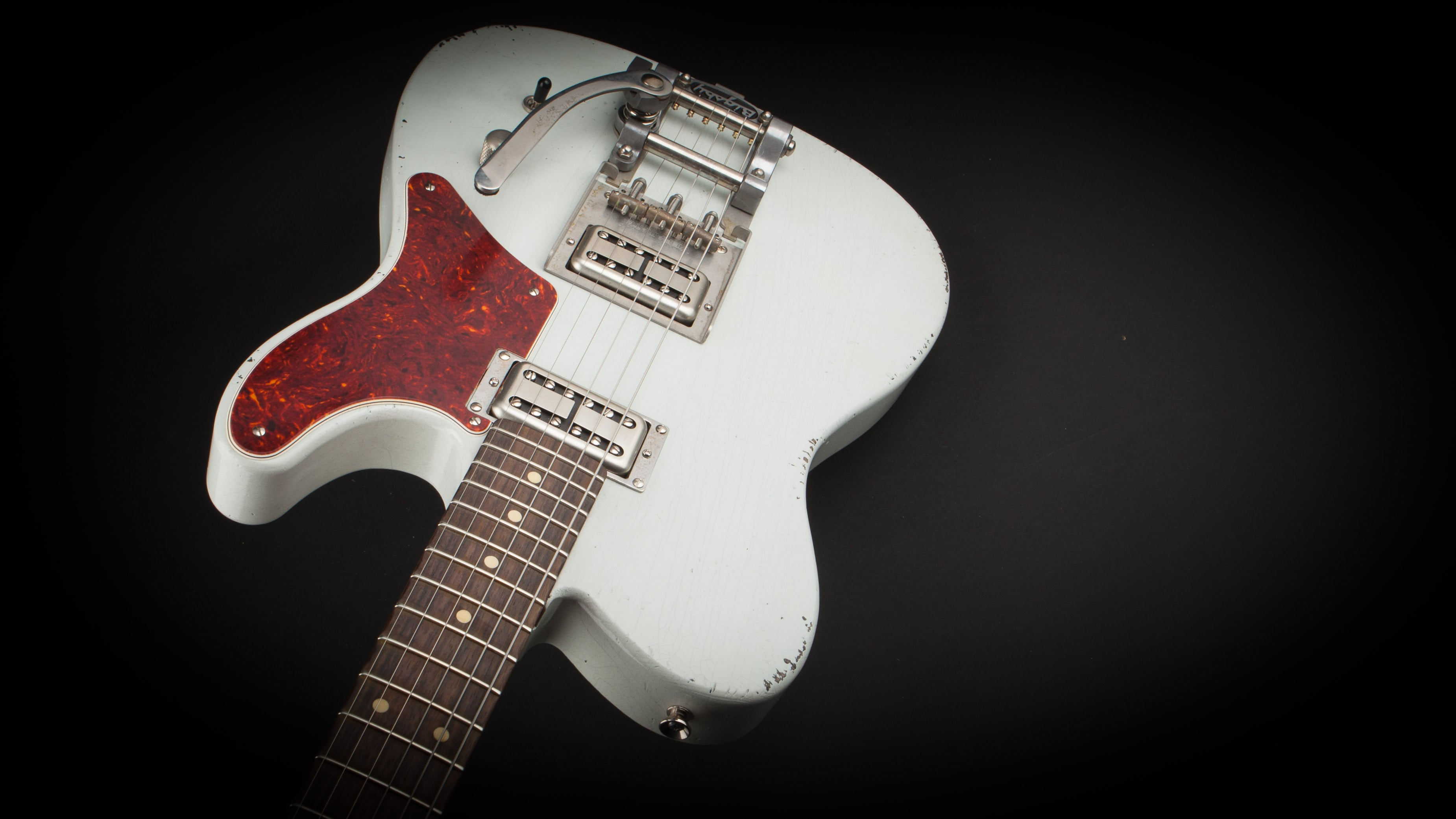 Palir Guitars Titan White with Bigsby #811713