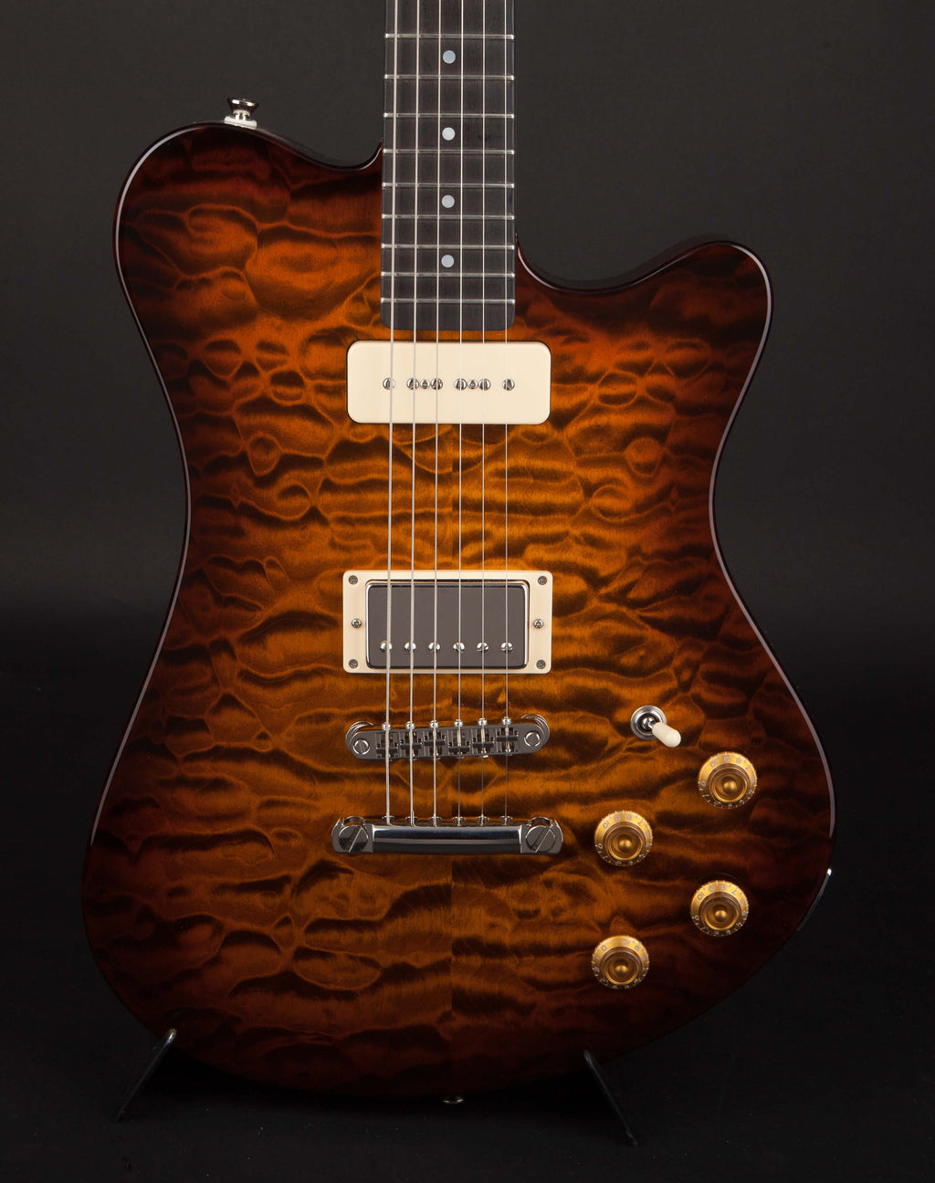 Smitty Guitars: Model 2 Quilt with Mastergrade Quilt Maple Neck