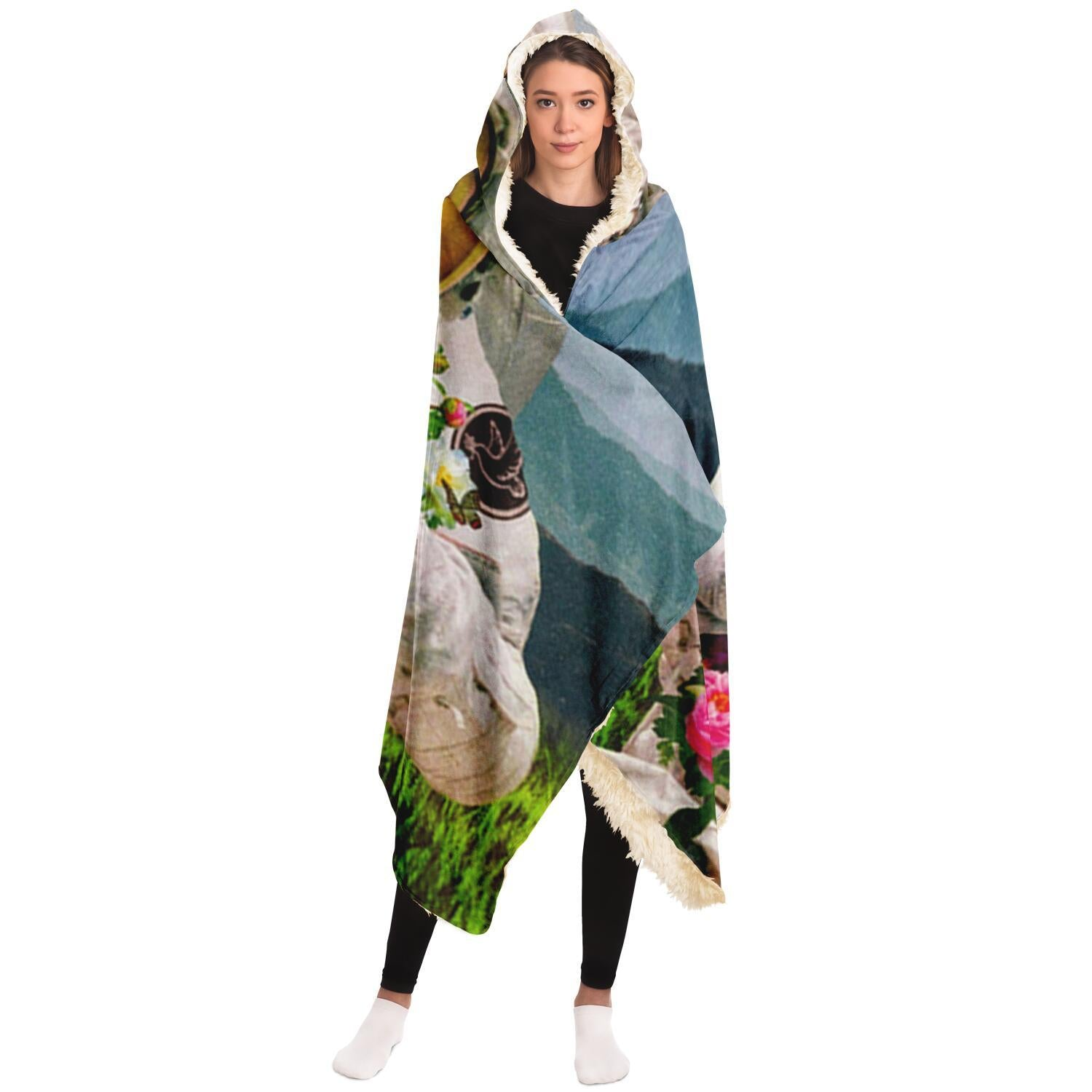 The Collectore Hooded Blanket