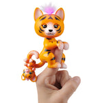 Fingerlings Light-Up Baby Tiger and Mini - Benny and Kali