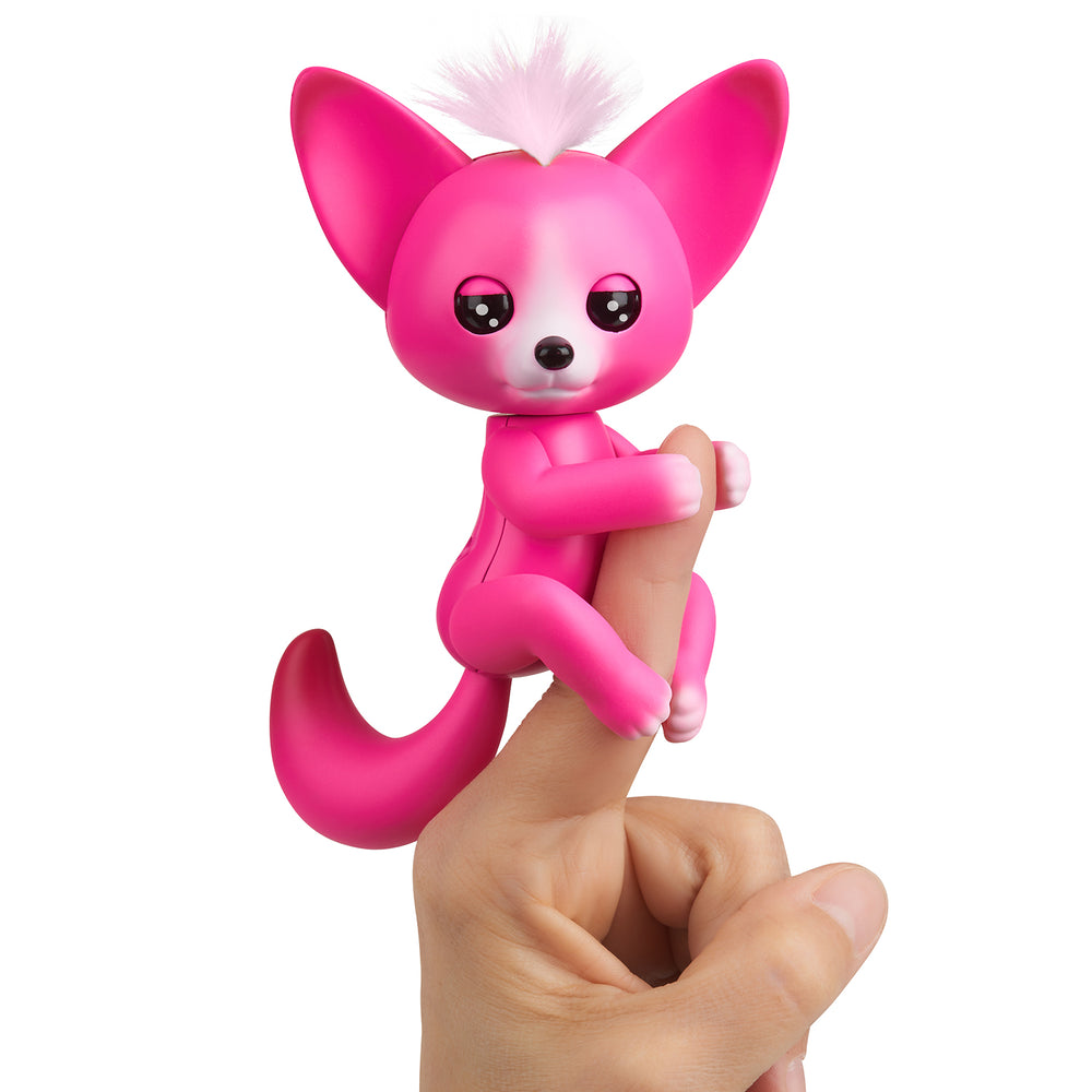 Fingerlings - Interactive Baby Fox - Kayla (Hot Pink)