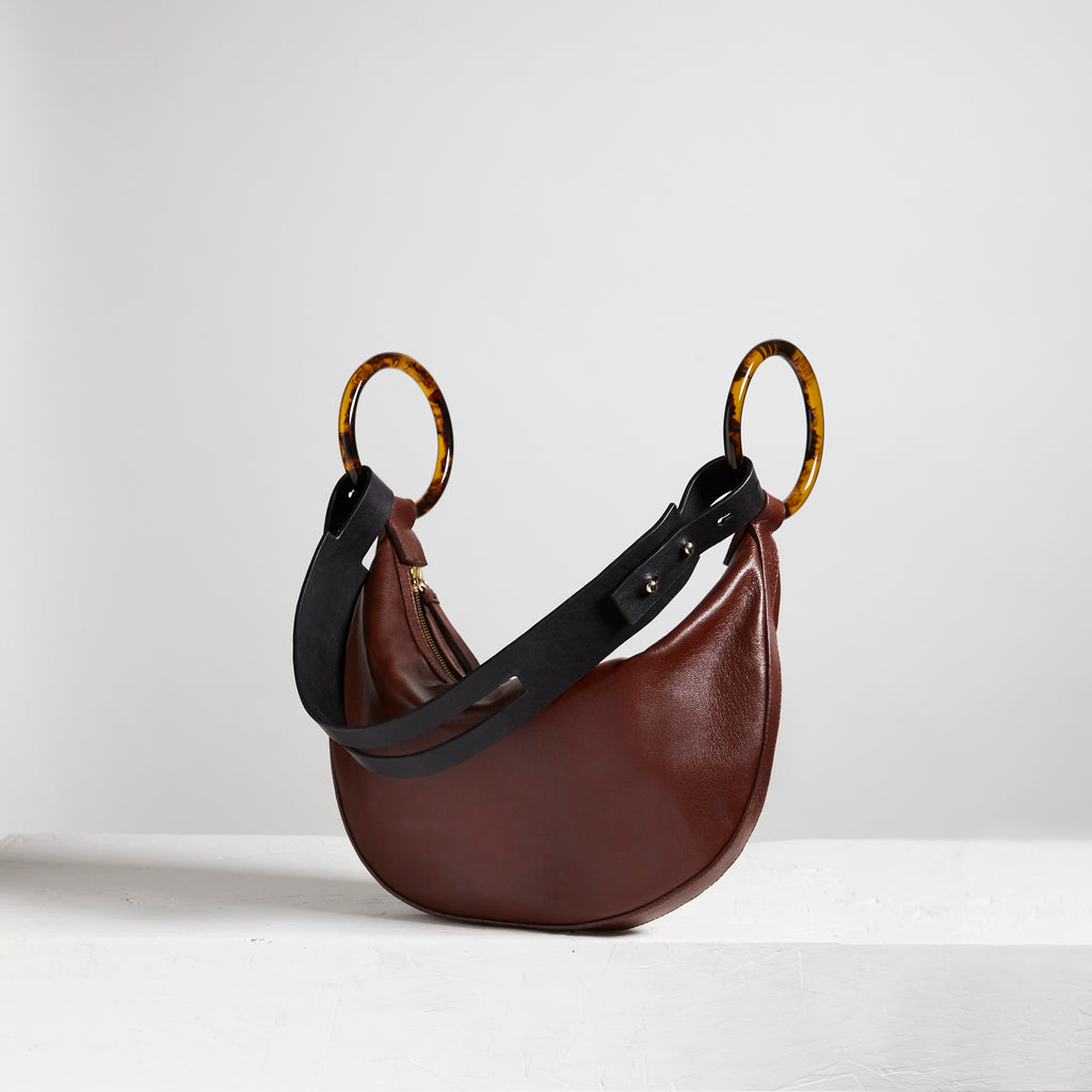 Stevie Chèvre Dark Brown | LING WU