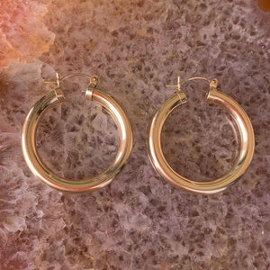 ⊹ Large Chunky Flat Hoops