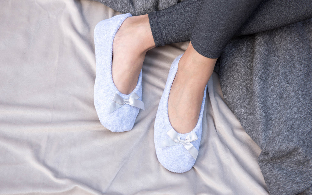 Terry Ballerinas in Heather Grey on cozy blankets