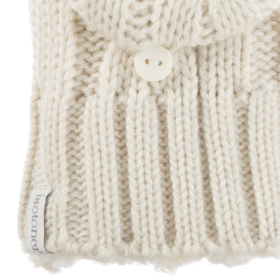Women's Chunky Cable Knit Flip-Top Mittens in Ivory Cuff Detail