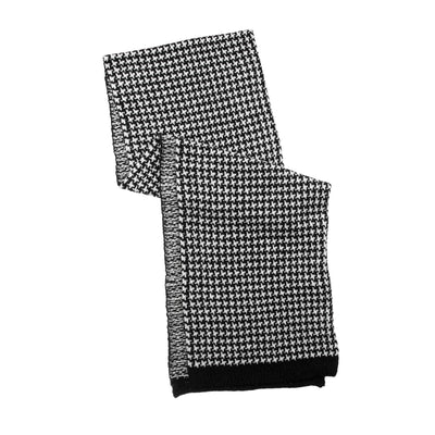 Women's Houndstooth Chenille Scarf in Black and Ivory