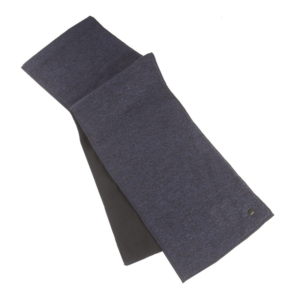 Mens solid knit scarf with fleece lining in charcoal