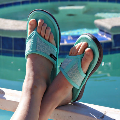 Women's Mesh Mia Thong Slippers Spring Green on Model by the pool