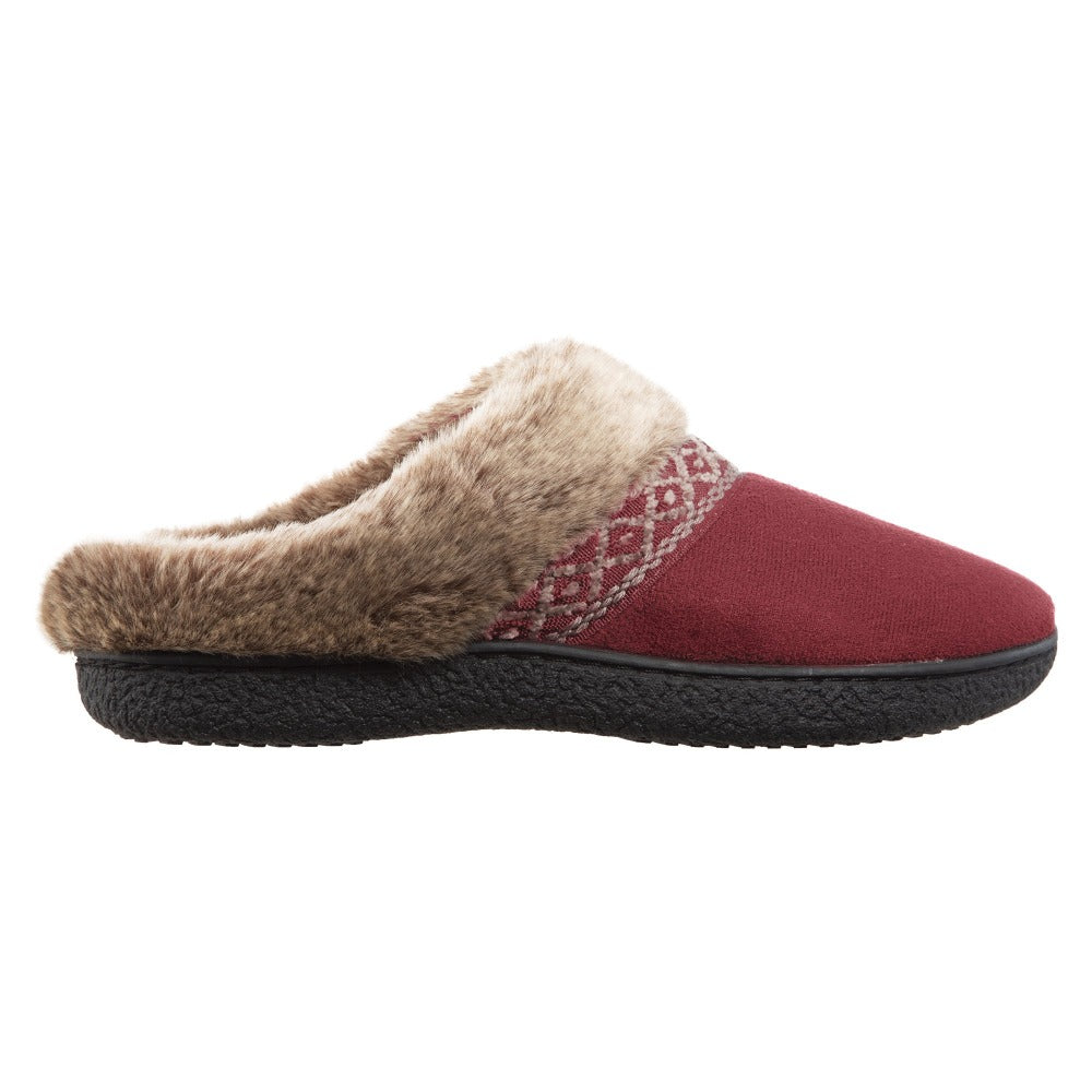 Women's Microsuede Aria Hoodback in Chili Red Profile