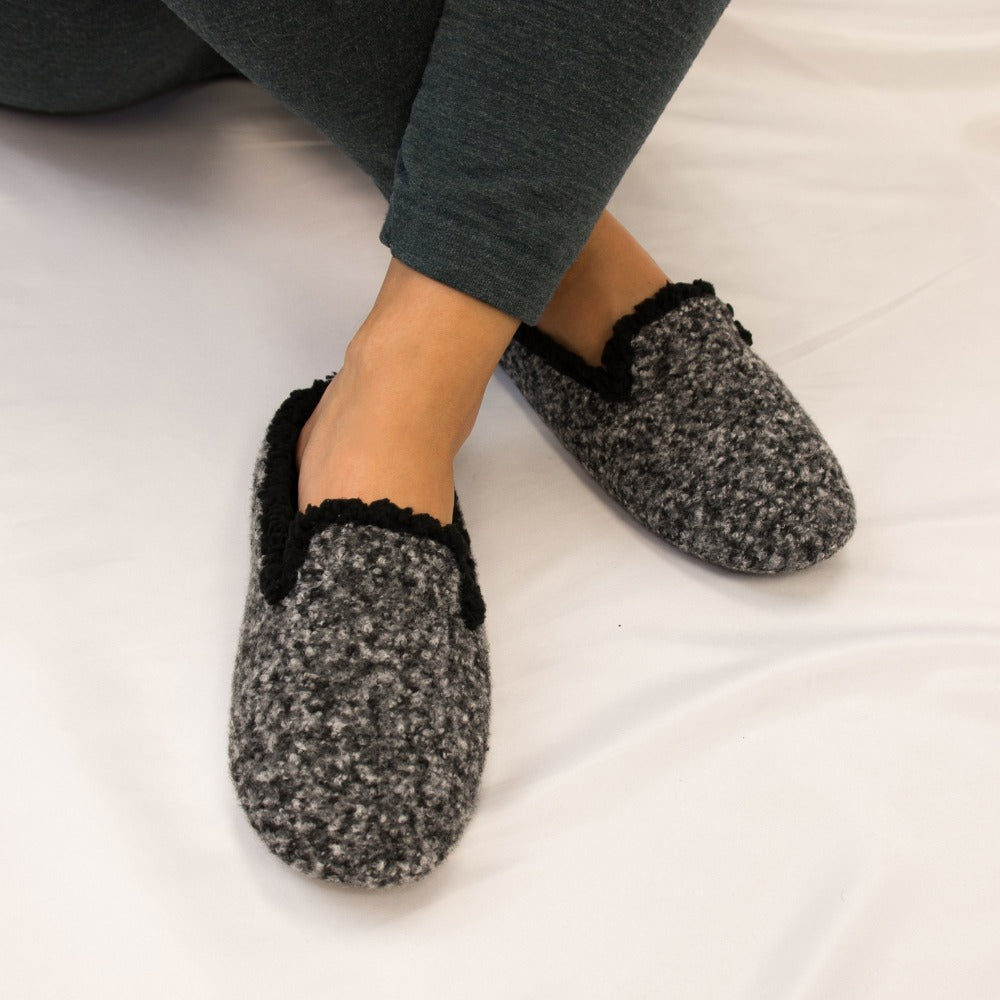 Women's Jessie Hoodback Slippers in Dark Charcoal Heathered On Model