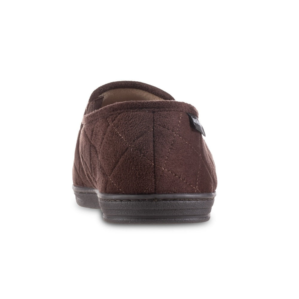 Men's Quilted Nicco Closed Back Slippers in Dark Chocolate Back Heel