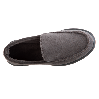 Isotoner with Everywear™ Men's Microterry Moccasin in Ash Inside Top View