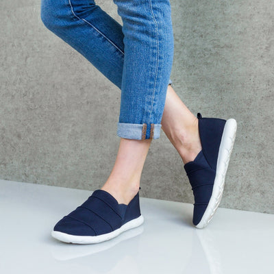 Zenz Women's Serenity Slip-On in Navy Blue on Model