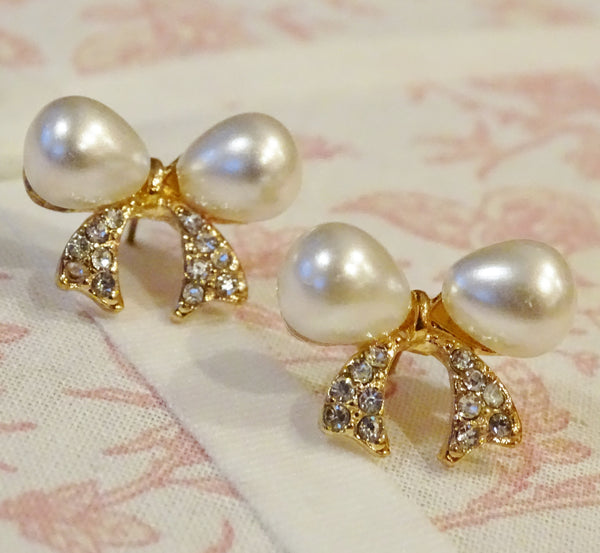 Pearl & Crystal BOW Earrings