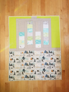 """Layer Cake Lattice"" - Modern Plus Quilt, Toddler"