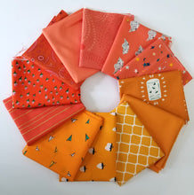 Load image into Gallery viewer, Orange Fat Quarter Bundle