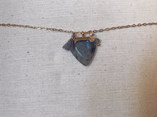 Load image into Gallery viewer, Collier avec labradorite