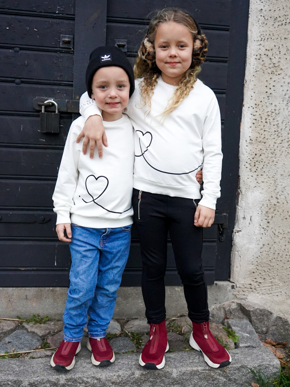 Kids' FRIENDS Sweatshirt (left)