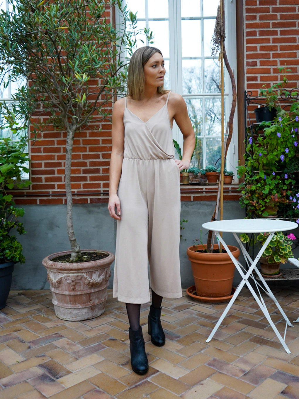 Women's Loose Wrap Jumpsuit - Cafe con Leche