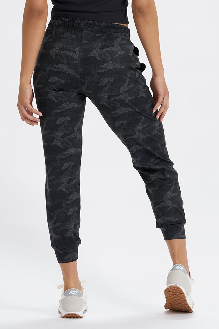 Performance Jogger | Black Camo