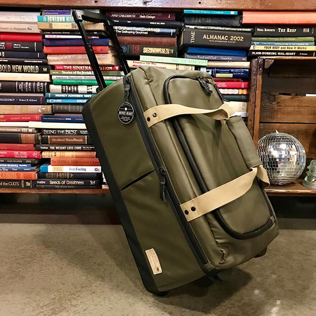 Carry On Roller 2.0 Olive - West of Camden