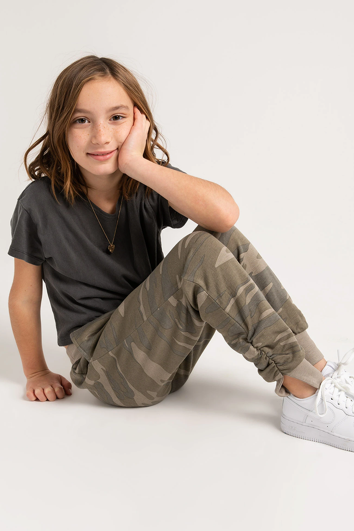Girls El Ray Camo Jogger | Camo Green