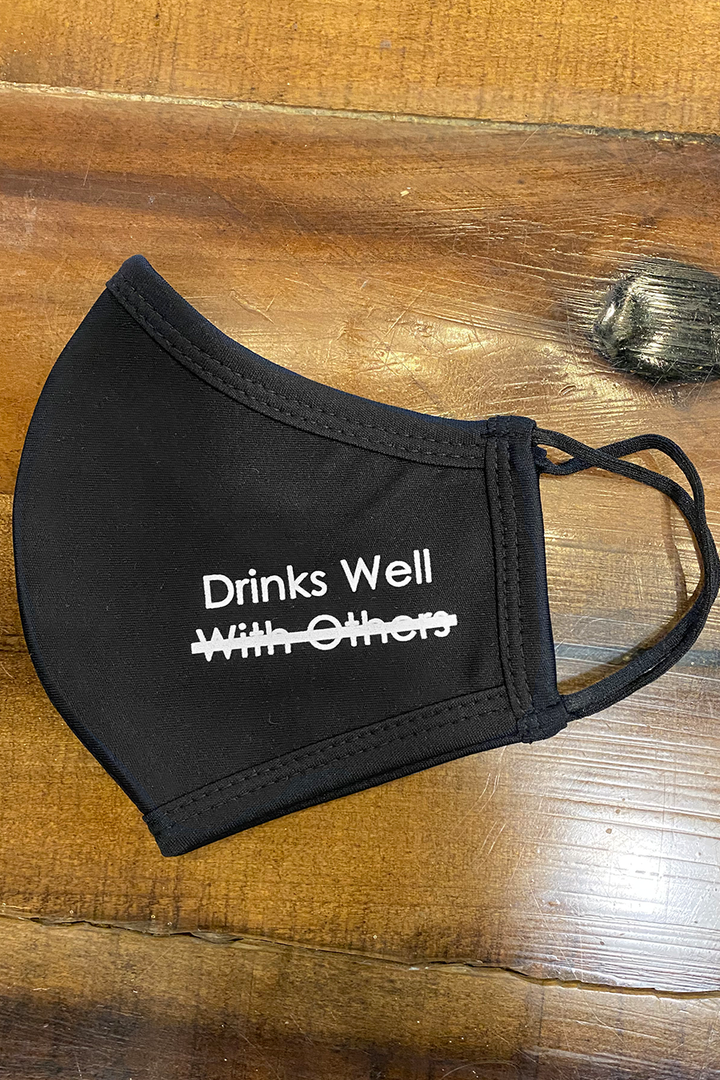 Drinks Well Mask | Black