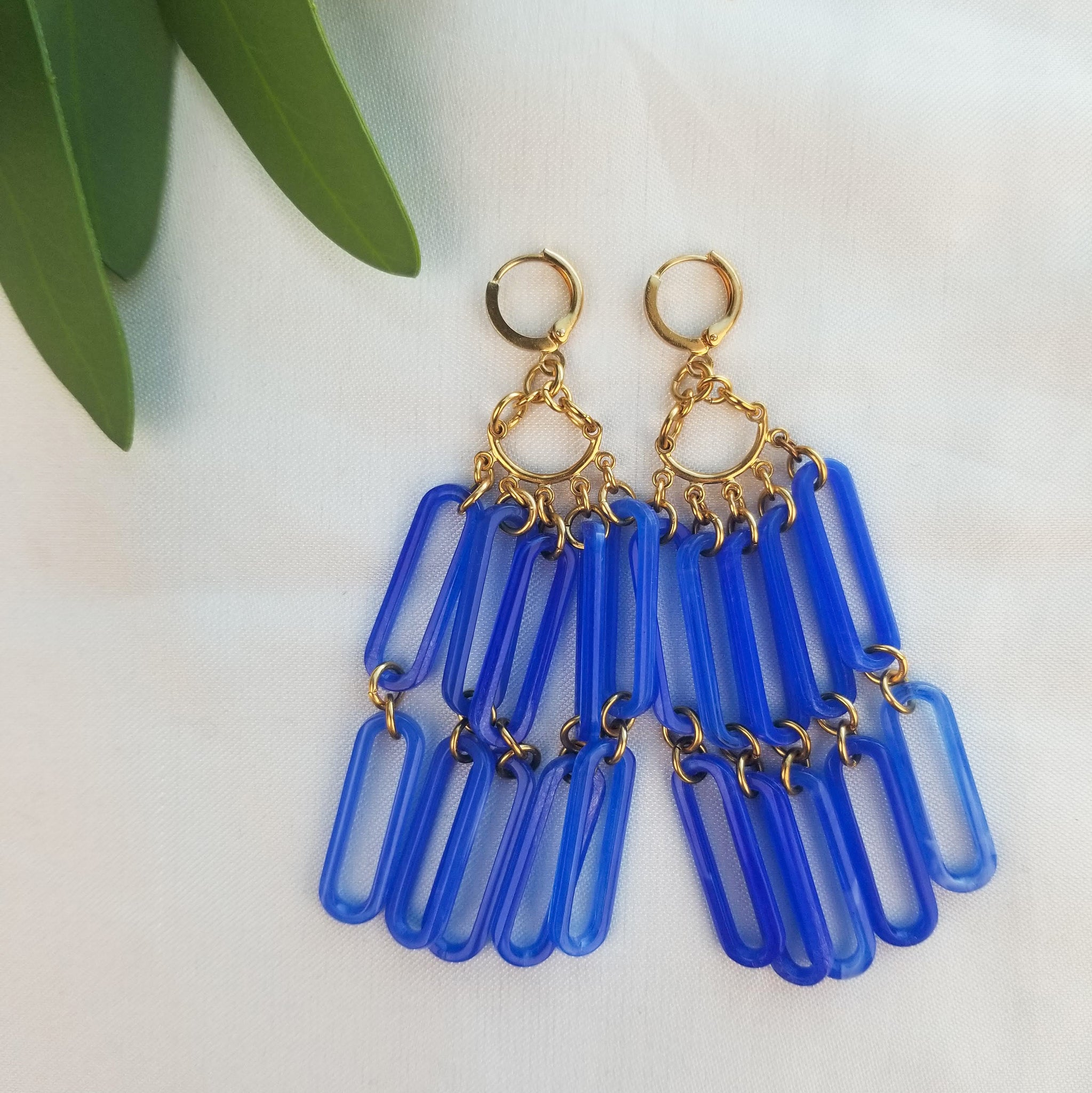 The Vibration Earrings | Gold - FYU DESIGNS