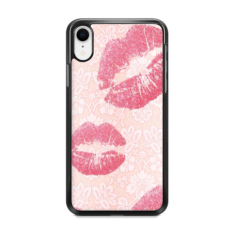 Lips in Dinner Moment iPhone XR Case