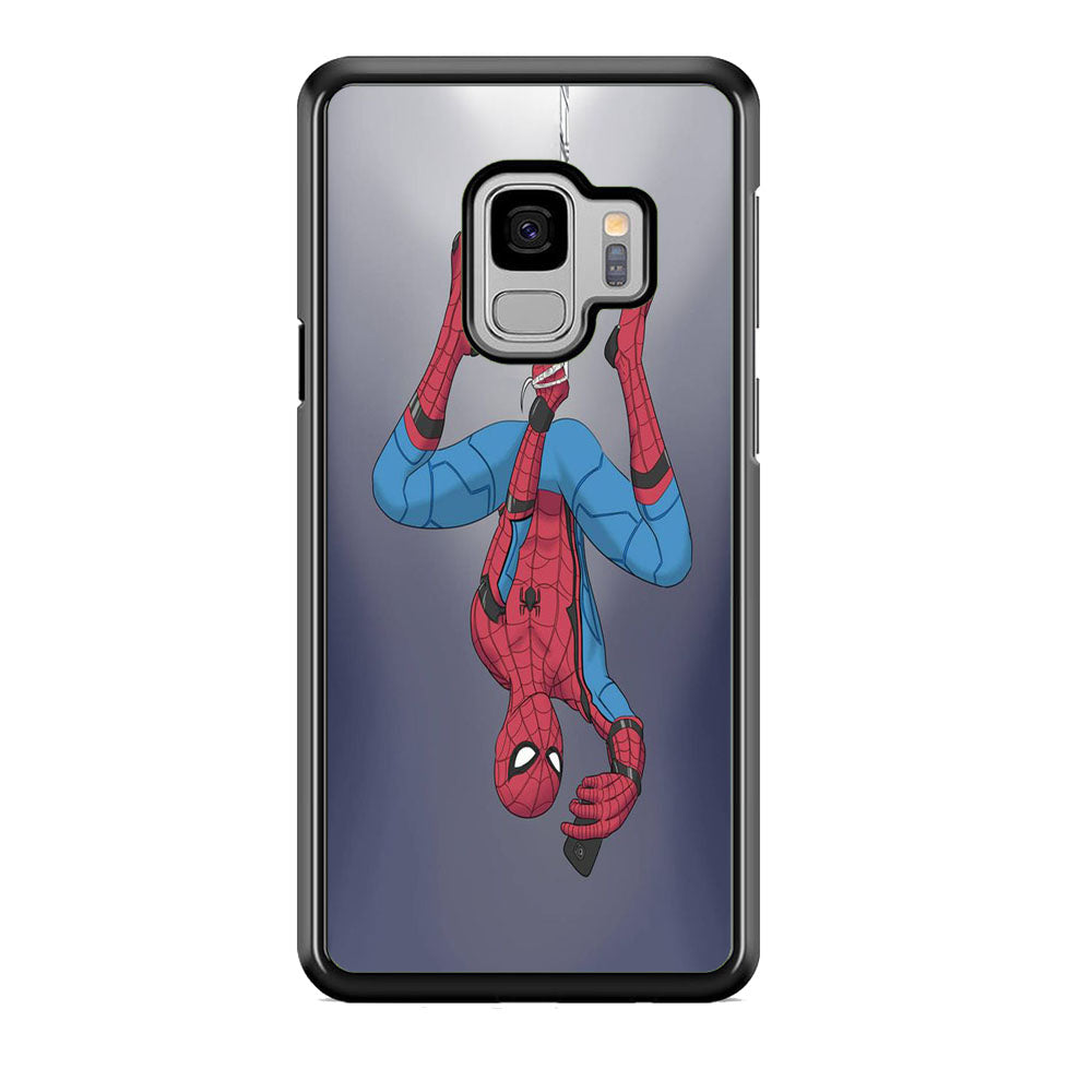 Spiderman Selfie While Hanging Samsung Galaxy S9 Case