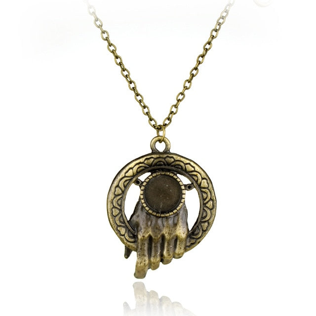 Collier Game of Thrones Main du Roi