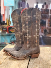 Load image into Gallery viewer, Macie Bean Women's Boots M5201