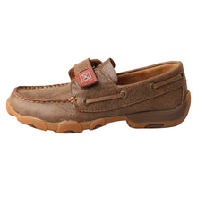 Load image into Gallery viewer, Picture of front of Kid's Twisted X Boat Shoe Driving Moc CDM0003