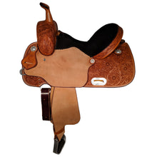 Load image into Gallery viewer, Side picture of C&L CB Barrel Saddle CLS00016