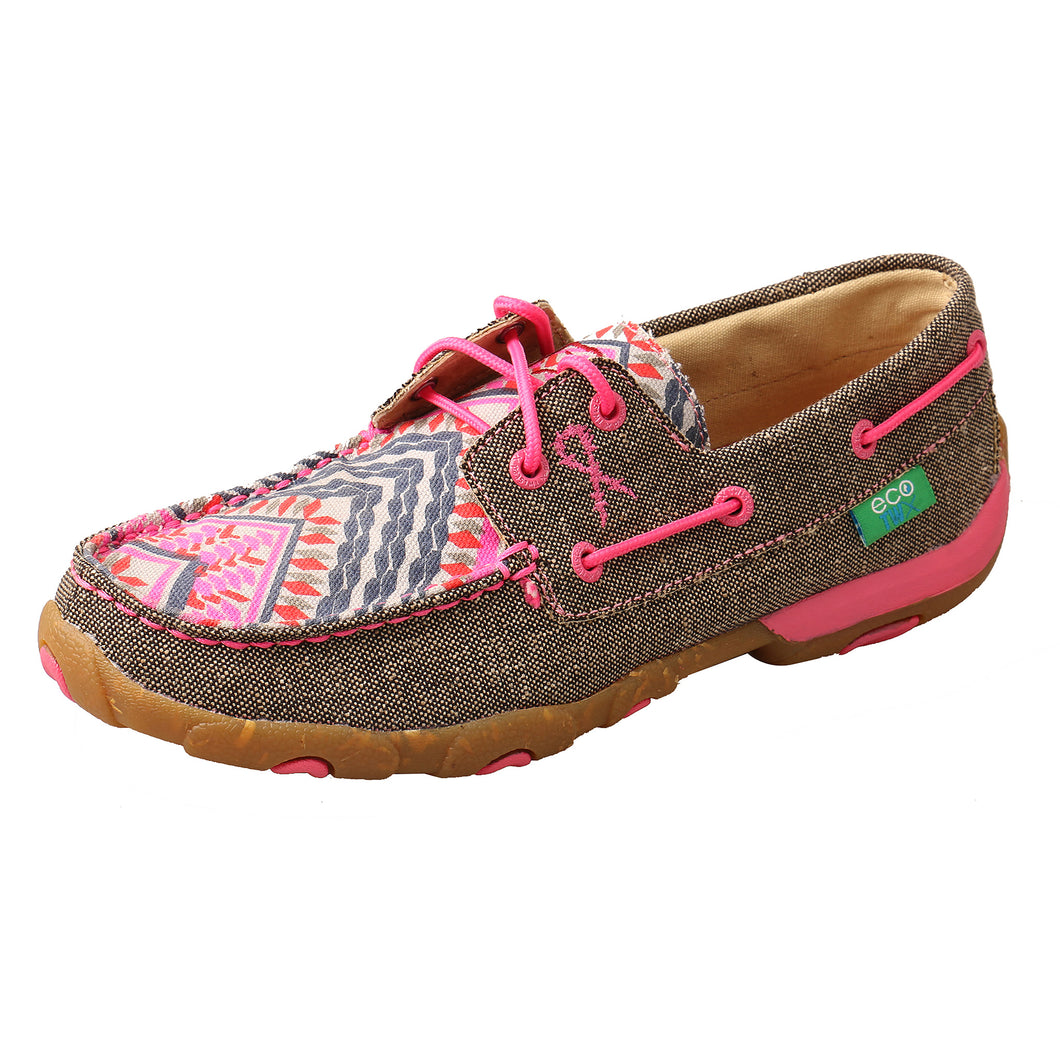 Picture of front outside of Women's Twisted X Driving Moc WDM0132