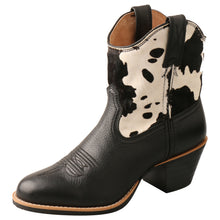 Load image into Gallery viewer, Picture of front outside of Women's Twisted X Western Fashion Shoe WWF0008