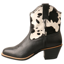 Load image into Gallery viewer, Picture of front of Women's Twisted X Western Fashion Shoe WWF0008