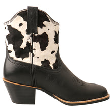 Load image into Gallery viewer, Picture of heel of Women's Twisted X Western Fashion Shoe WWF0008