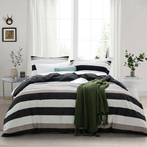 Stylish Quilt Duvet Cover Bedding Set