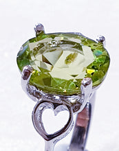 Load image into Gallery viewer, Peridot Sterling Silver Ring