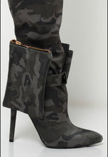 Load image into Gallery viewer, G.I. Jane Drawstring Boots