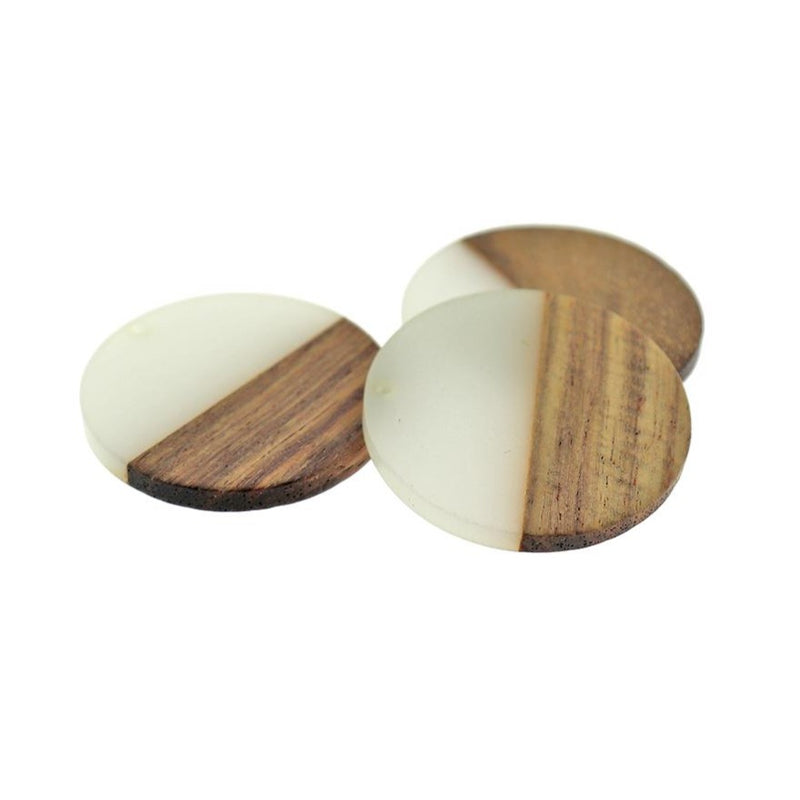Round Natural Wood and Soft White Resin Charm - Z1196