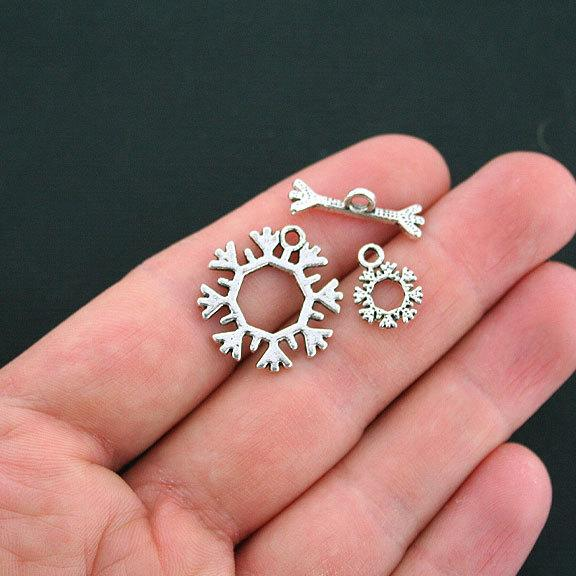 Snowflake Silver Tone Toggle Clasps 22mm x 21mm - 5 Three Sets 15 Pieces - SC2542