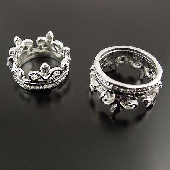 4 Crown Silver Tone Charms 3D - SC2501